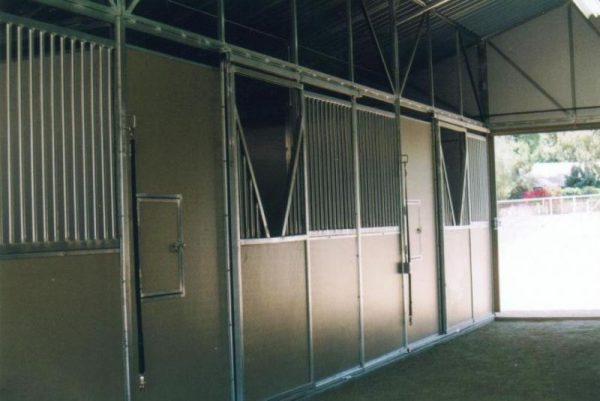 stall-fronts